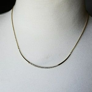 Stella and Dot necklace gold